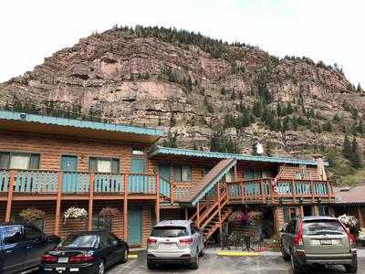 CA1_motel.jpg