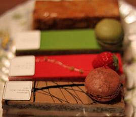 CakeAoki1.jpg