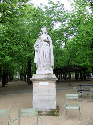 statue MaryStuart2.JPG